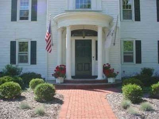 Chestnut Street Inn: Front Entry