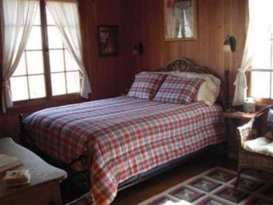 Xanadu Island Bed & Breakfast and Resort: Guest Room