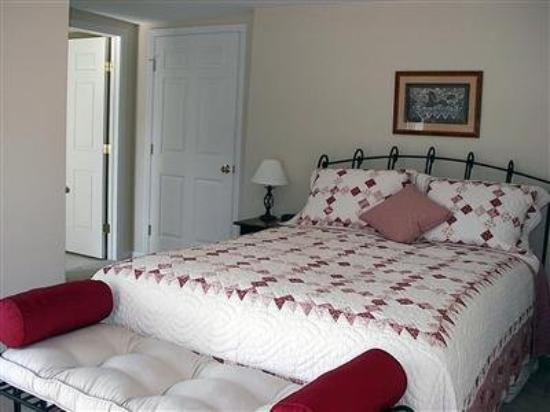 Bristol Views Bed & Breakfast: Guest Room