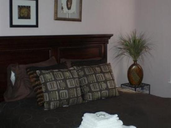 Anastasia's Bed & Breakfast: Guest Room -OpenTravel Alliance - Guest Room-