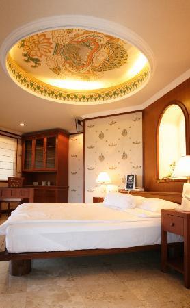 Peruna Saba Villas: 2nd floor bedrroom