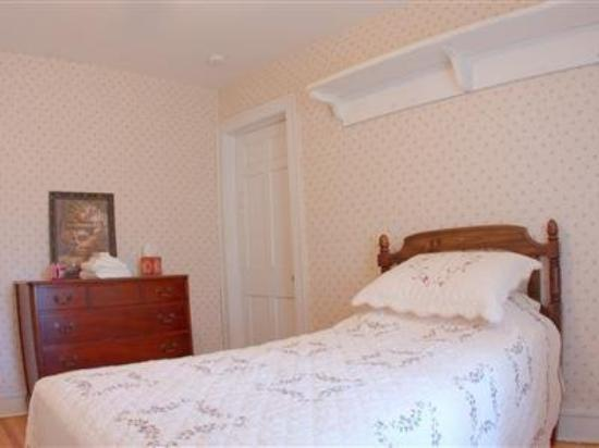 The Garrison House : Guest Room