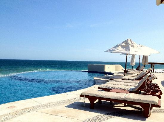 Club Regina Los Cabos: View from pool lounger