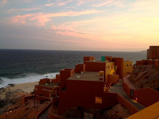 Club Regina Los Cabos: Sunset view from Lobby