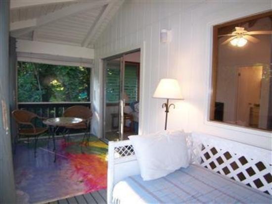 Kalalau B & B : Porch