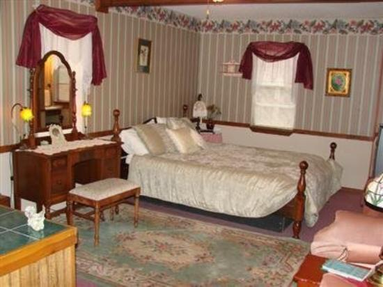 Main Street Inn B&B: Guest Room