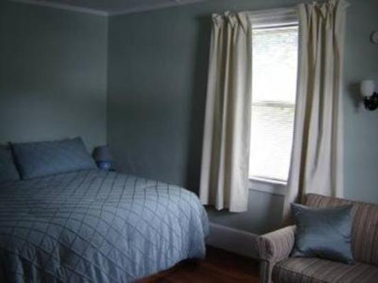 White Horse Inn: Guest Room