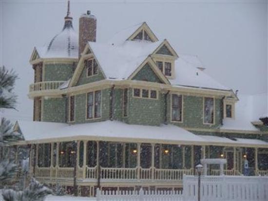 Williams Cottage Inn: Exterior