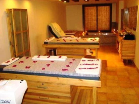 OYO 3626 Hotel Cambay Sapphire: Spa
