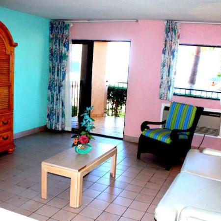 Playa Club Misiones at Club Habana Resort: Suite