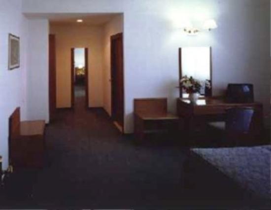 Hotel Italia : GUEST ROOM