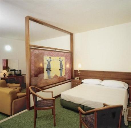 Mantegna Hotel