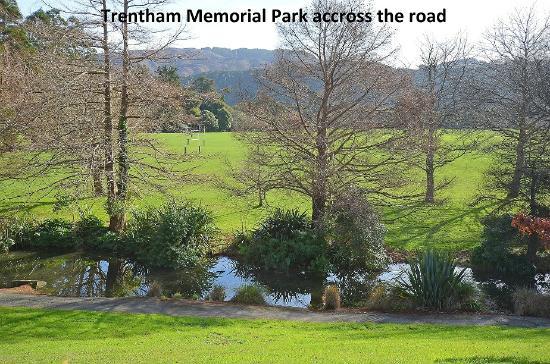 Trentham Motel on the Park: Trentham Memorial Park