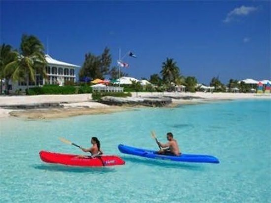 Cape Santa Maria Beach Resort & Villas: Kayaking