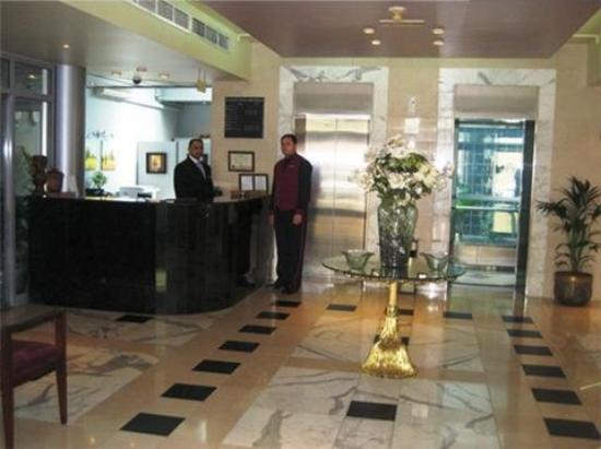 Al Defaya Hotel Apartments 2: Lobby view