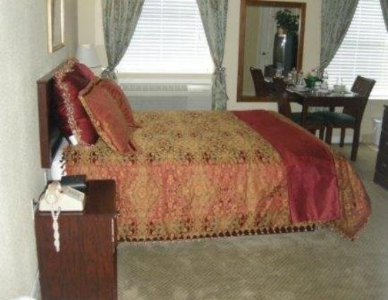 Athens Hotel Suites: Suite
