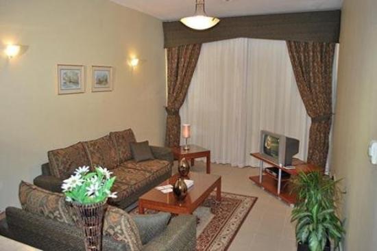 Al Deyafa Hotel Apartments : Guest room