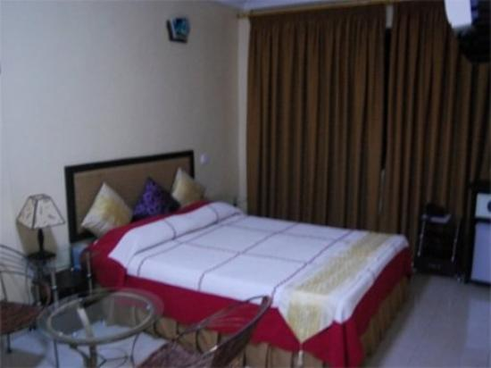 Royal Dede Caesar Hotel: Room