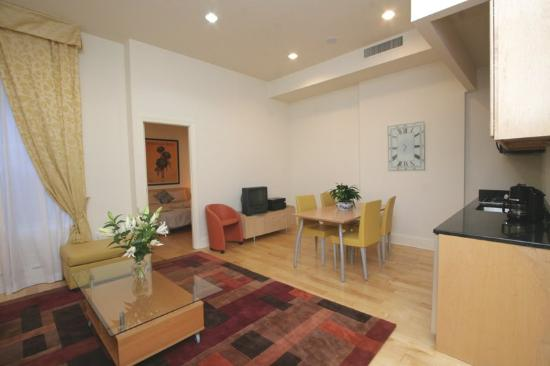Central Park House : Living Room