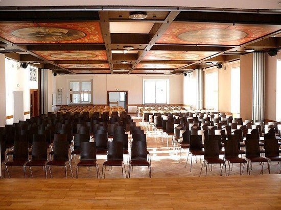 Akzent Hotel Brauerei Hirsch : Konferenzsaal mit Kinobestuhlung