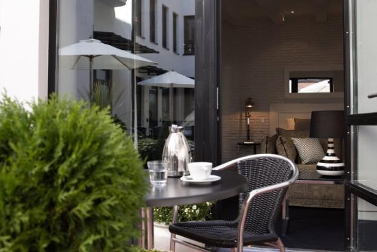 Fabian Hotel: Terrace