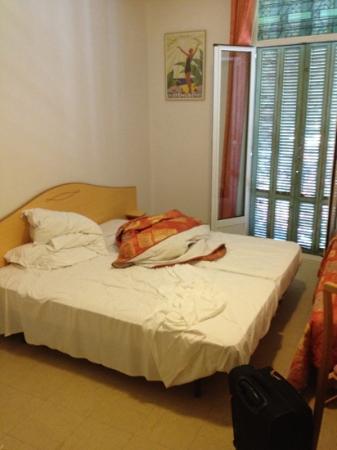 Hotel Belgique: chambre 17