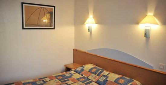 Hotel First: Chambre hotel deltour rodez