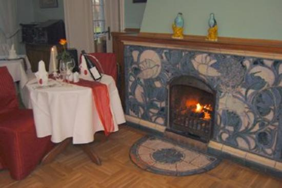 Hotel Waldhaus Prieros: chimney room