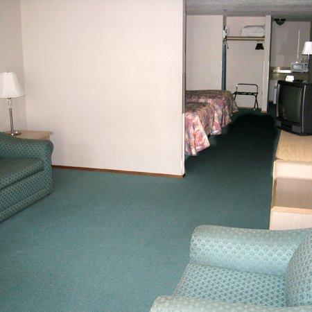 Timberland Inn & Suites: IMG3