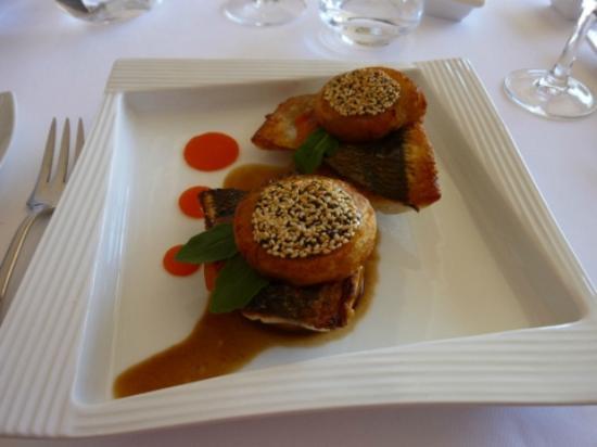 La Bergerie: Dorade hamburger