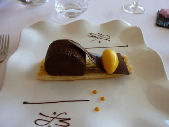 La Bergerie: Feuillette de chocolat dessert