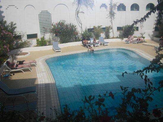 Hotel Les Quatre Saisons:                   piscine chauffée