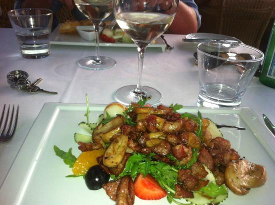 Villa Italia: Great Warm Salad