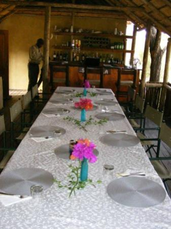 Shindzela Tented Camp: The main table for meals