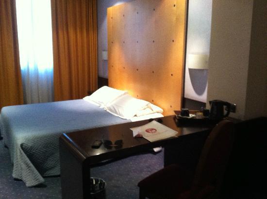 Hotel degli Imperatori: Camera da letto