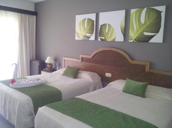 Sirenis Punta Cana Resort Casino & Aquagames: Chambre COCOTAL