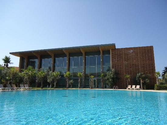 Salgados Vila das Lagoas Apartments : Bâtiment principal