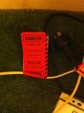 Comfort Inn Dandenong: Danger tag
