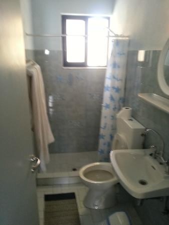 Kalypso Studios & Apartments: Bathroom