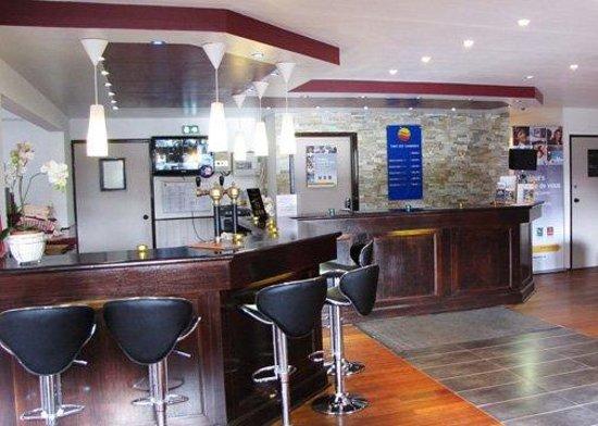 Comfort Hotel Poissy Technoparc : Reception