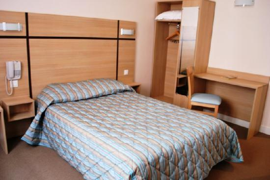 Comfort Hotel Au Firmament : Room
