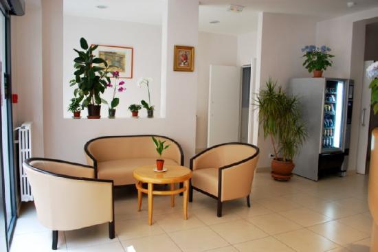 Comfort Hotel Au Firmament : Lobby