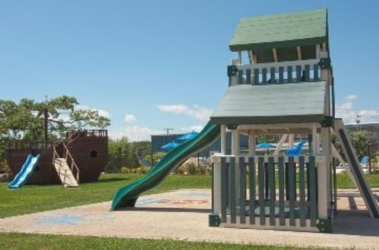 Heron Suites: Playground