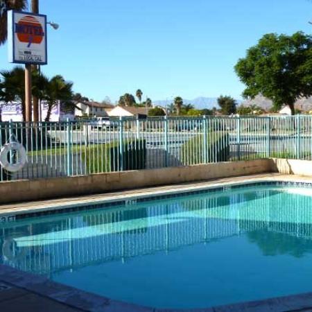 Motel 7: Pool (OpenTravel Alliance - Pool view)