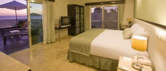 Coral Island Hotel and Spa: Guestroom