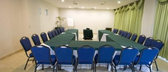 Coral Island Hotel and Spa: Meeting Room