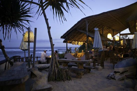 The Point Resort Lembongan: Dream Beach Cafe
