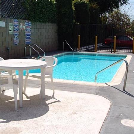Motel Moonlight: Pool (OpenTravel Alliance - Pool view)