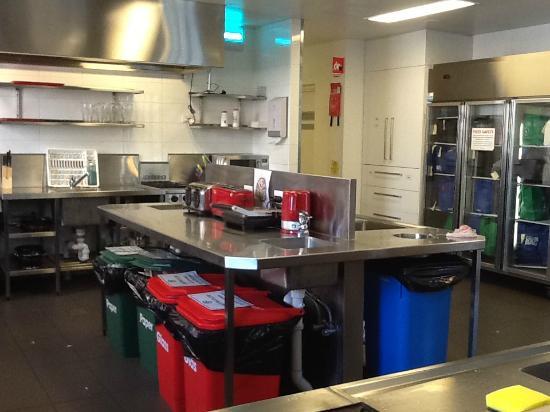 Bounce Sydney: Kitchen