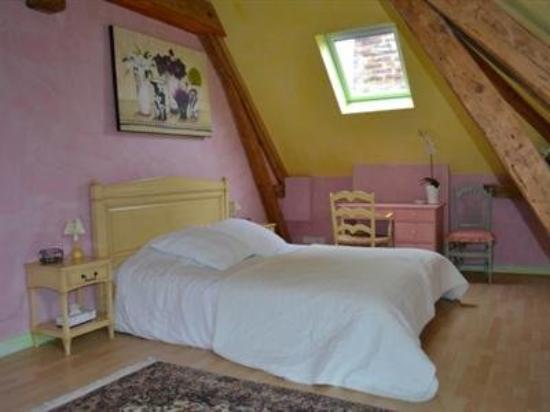 la sucrerie hotel chavenay france voir les tarifs 11 avis et 38 photos. Black Bedroom Furniture Sets. Home Design Ideas